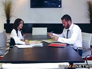 Latina shy ass Amazing shy evans gets fucked on work