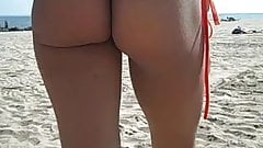 18yr Jewel Shows Her Pussy And Ass At NON-Nude Public Beach!