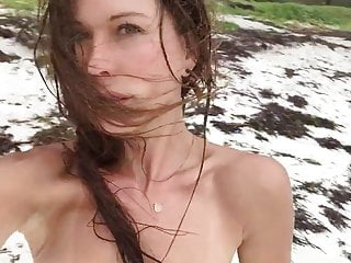 Nude pictures of rhona mitra Rhona mitra topless vid