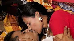 Horny aunty affair with stranger hot romance