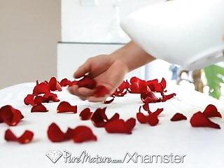 Kiera sedgwick nude Hd puremature - massage on bed of roses for kiera king