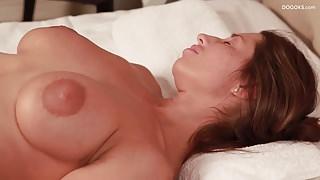 Juliet Ric MILF massage by stepson