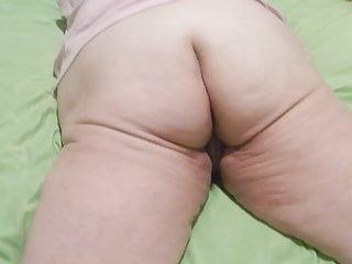 Neighbour showing off ass Her showing off ass
