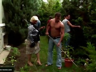 Mom gets gangbanged slutload Mature moms gets gangbang and bukkake