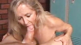Granny gobbles cock for cum in mouth