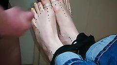 Bondage feet footjob and cum on wifes toes