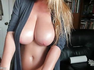 Busty blonde natural Very busty blonde babe maid live