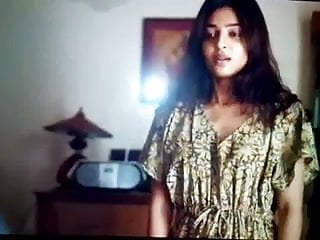 Exhibitionist exposes her pussy - Radhika apte hot marathi bolly actress exposing her pussy