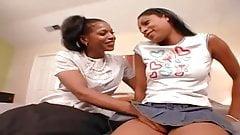 Lesbijki semmie de suora i laleczka