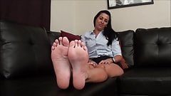 BARE FOOT & Brunette Foot and soles