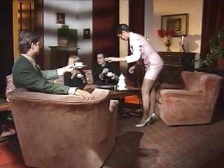 Anita blond gangbanged - Anita blond - clip la mujer esclava 1996