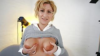 German sex casting with MILF Teresa, part 1