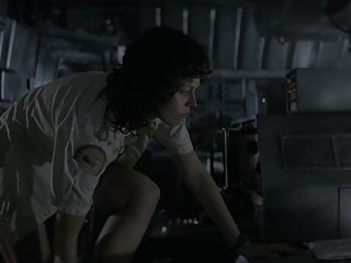 Sex with aliens babe Sigourney weaver - alien