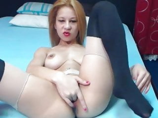 Redhead playing video Sexy redhead playing with pussy