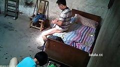 Ohne Gummi, Anruf mit chicnese Prostituierte