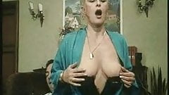 Classic - Marina la ninfomane (mature) 1