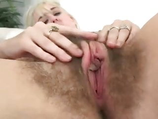 Teen long labia videos Big hairy cunt with long labia