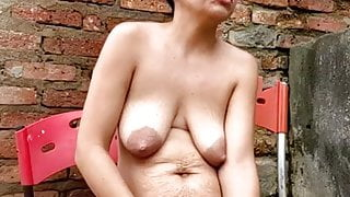 Sexy cougar & daughter, ripened saggy tits with stretch marks
