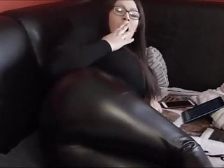 Sexy leather armor Farts in tight sexy leather pants