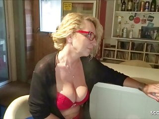 Young gay sex bi Saggy tits mother bi jenny love to fuck with young boy dicks