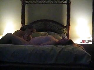 Free milf wives - Amateur lesbian wives