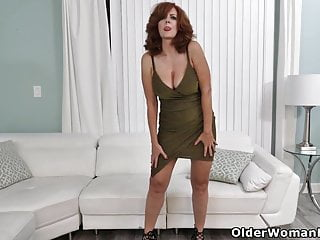 Andie valentino pussy pichunter - American milf andi james fingers her fuckable pussy