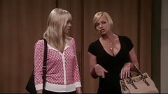 Jaime Pressly. Anna Faris - Mm S04E01
