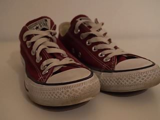 Low price sexy shoe My sisters shoes: converse low maroon i 4k