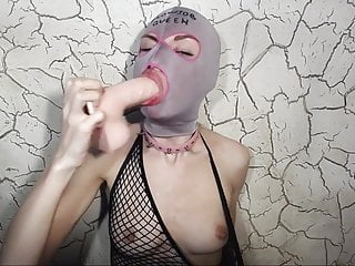 Cynical angel queen of deepthroat - Deepthroat dildo gagging queen