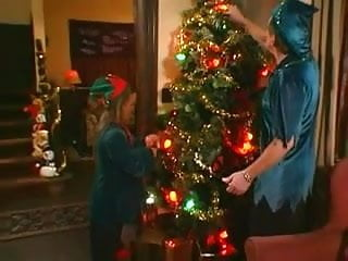 Gothic asian decorating Cum decorate kiki daires tree