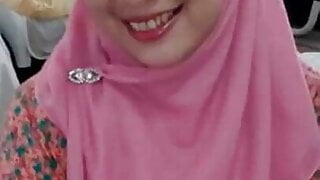 Pink Hijab Amazing Handjob