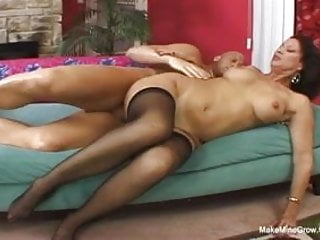 Mature hairy pussy brunettes Hot brunette vanessa screwed her hairy pussy