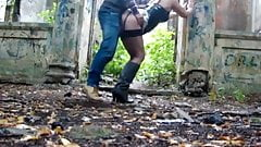 Quick sex in an abandoned building