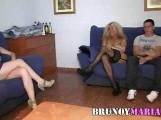 Porno chicas jovenes - Nueva maduraza de brunoymaria folla con una parejita joven