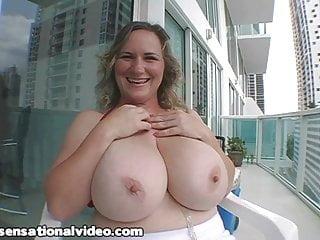 Gay oil sex - Huge tit milf oils n fucks her huge boobs