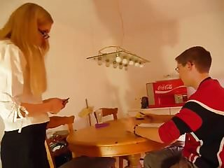 Brother sister sex online - Stp7 sister gives brother a practical sex lesson