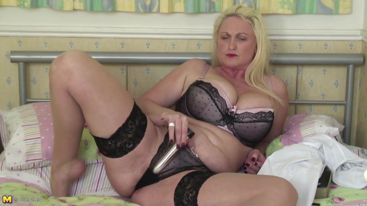 Big Tits Ass Mom