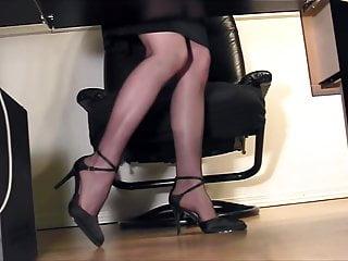 Leggy bikini girls - Leggy secretary fingering at the office in nylons