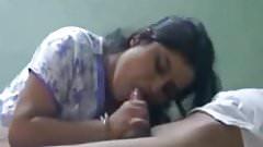 NEIGHBOUR INDIAN WIFE LOVES TO TASTE CUM BJ