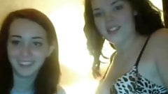 2 amateur british teens bate and play on cam