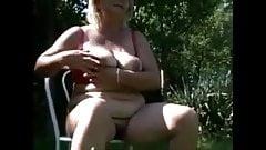 Nonne fanno pipì 7