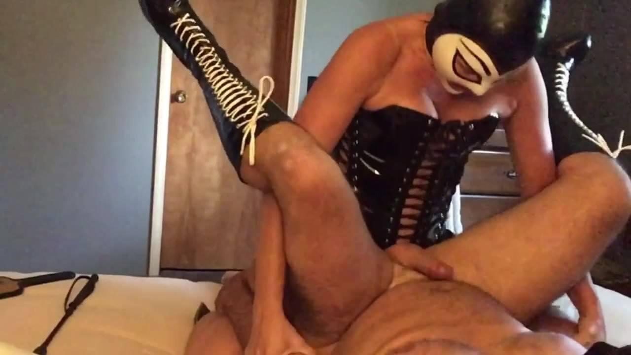 Amateur Mature Wife Gangbang