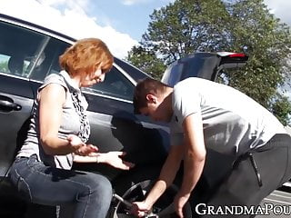 Mature getting creampie from young cock - Mature babe fucked from behind by young dude outdoors