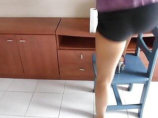 High heels nylon tgp Hausfrau in nylons und high heels 01