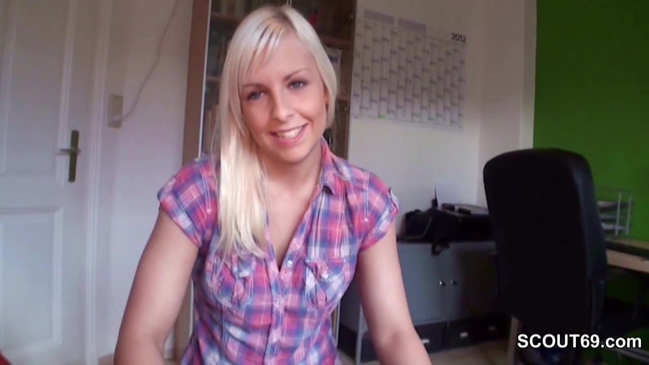 German Step-sister Caught Brother and Help with Handjob de