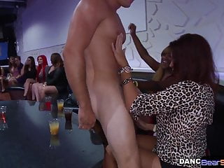 American beauty strippers - Cockhungry cfnm beauty blows stripper