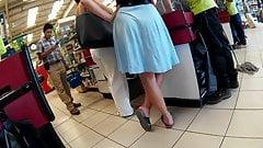 Sexy ass in flowing dress