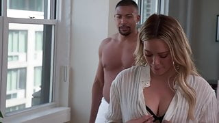 Hilary Duff - ''Younger'' s6e10