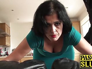 Spank twink Mature montse swinger enjoys getting drilled mercilessly