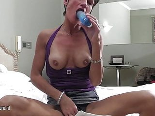 Mother sluts - Mature slut mother playing with herself